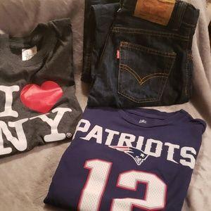 Boys size 10 Levi's and tshirts I❤NY and Brady